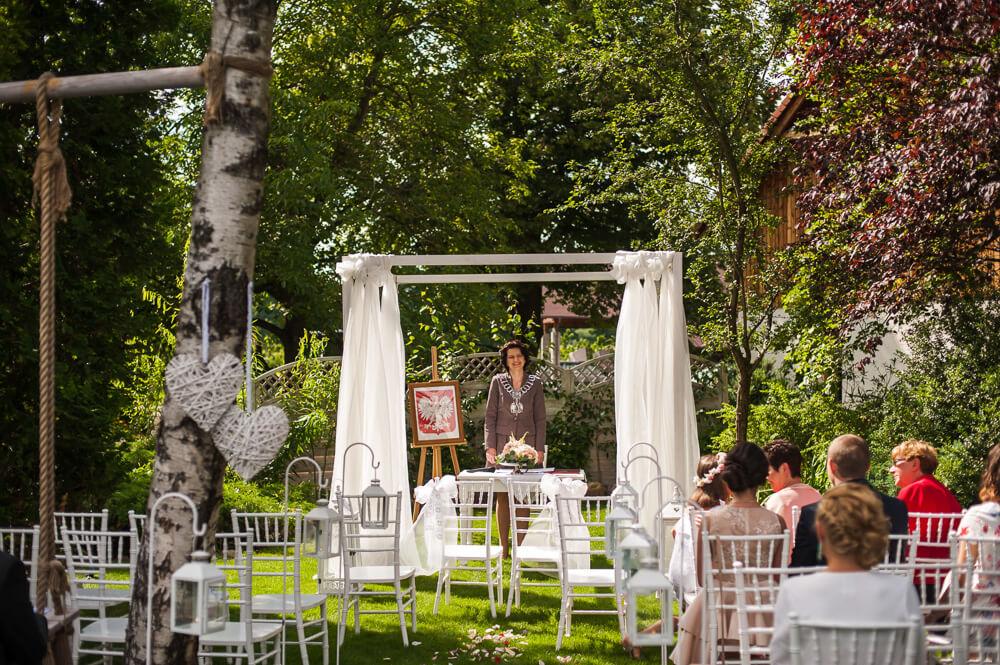 ceremonia ślubna winny dworek