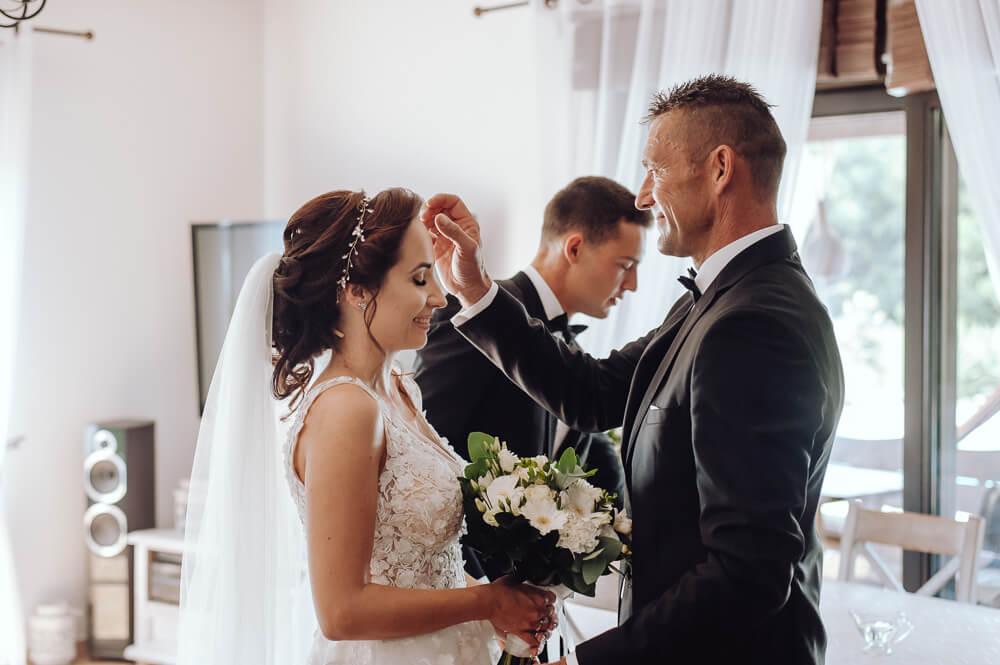 fotografia ślubna błogosławieństwo